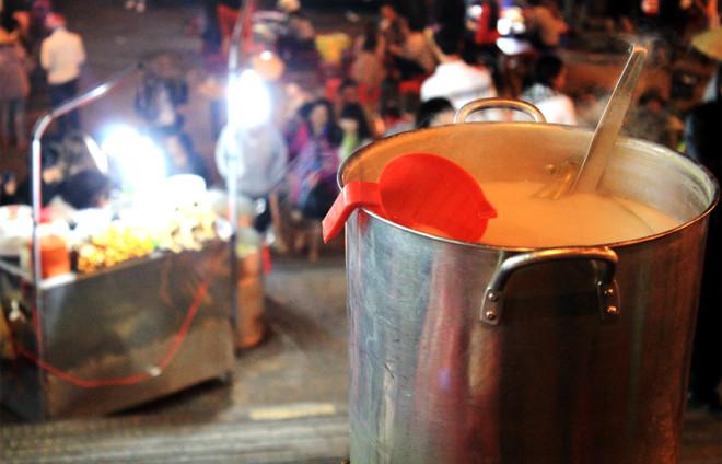 Sữa Đậu Nàn Tại Chợ Đêm Đà Lạt